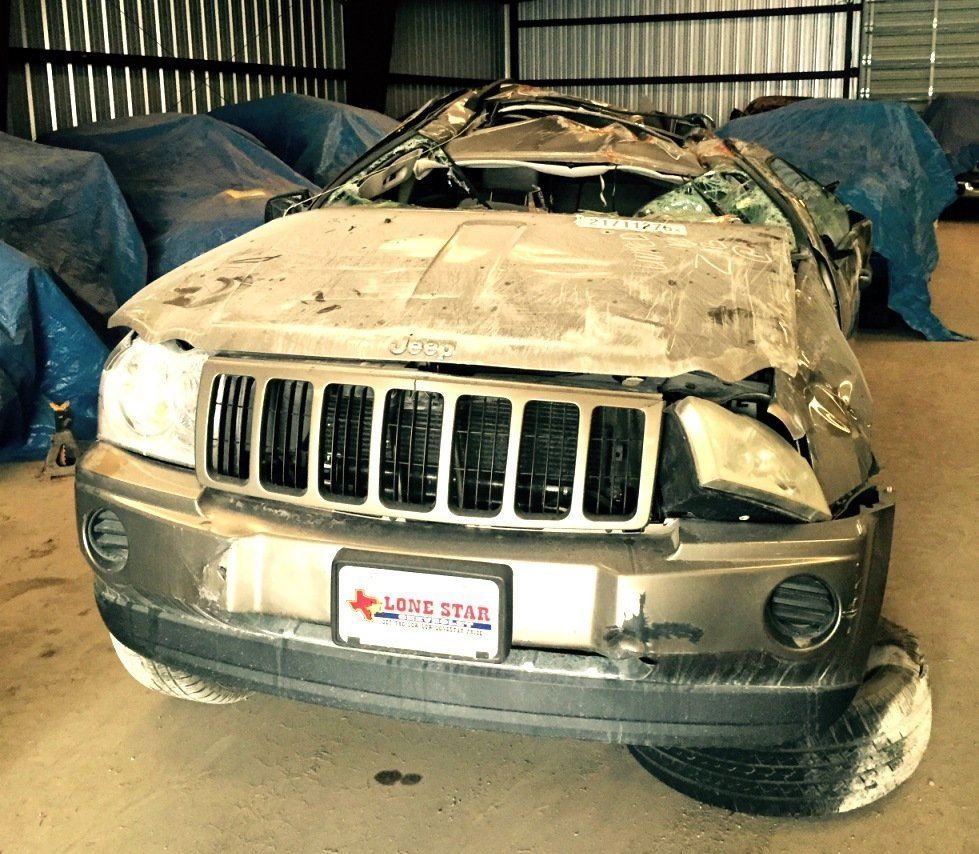 Wrecked Grand Cherokee